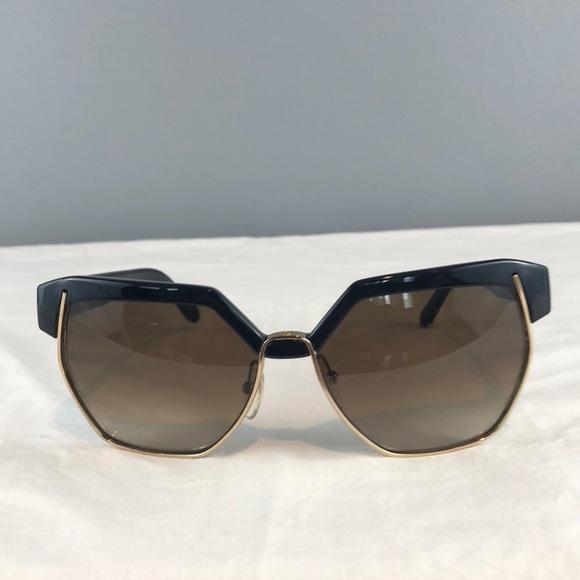 234a49f075f1 Chloe Accessories - Women s Chloe Sunglasses 🕶